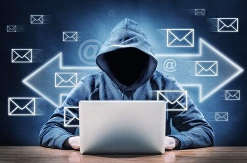 迷惑メール、スパムメールを送ってお金儲けをしようとする人