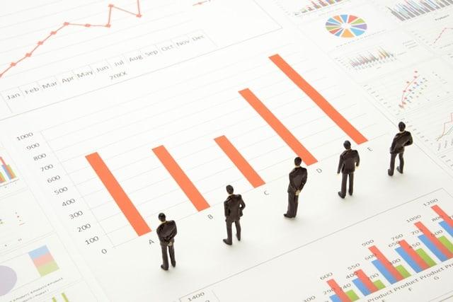 営業成績が良くて年収が高い人